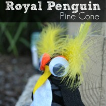 Pinecone Crafts: Royal Penguin