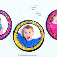 Arty DIY Picture Frame Magnets