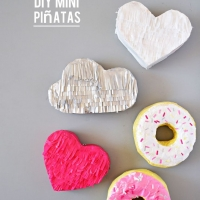 DIY Mini Pinatas