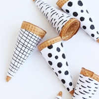 black and white ice cream cones FREE printable