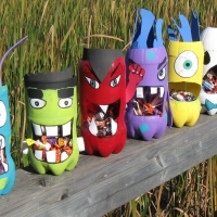 Halloween Craft - Monster Bottle