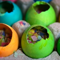 New Year's Eve Crafts & Activities - Confetti Eggs