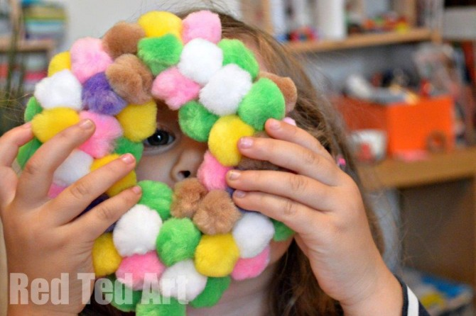 Spring Crafts: Wreath for Kids