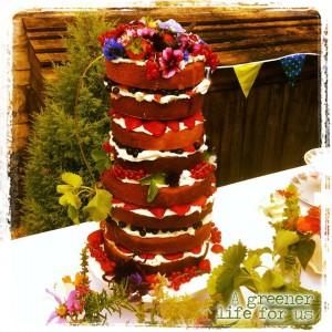 layered summer wedding cake