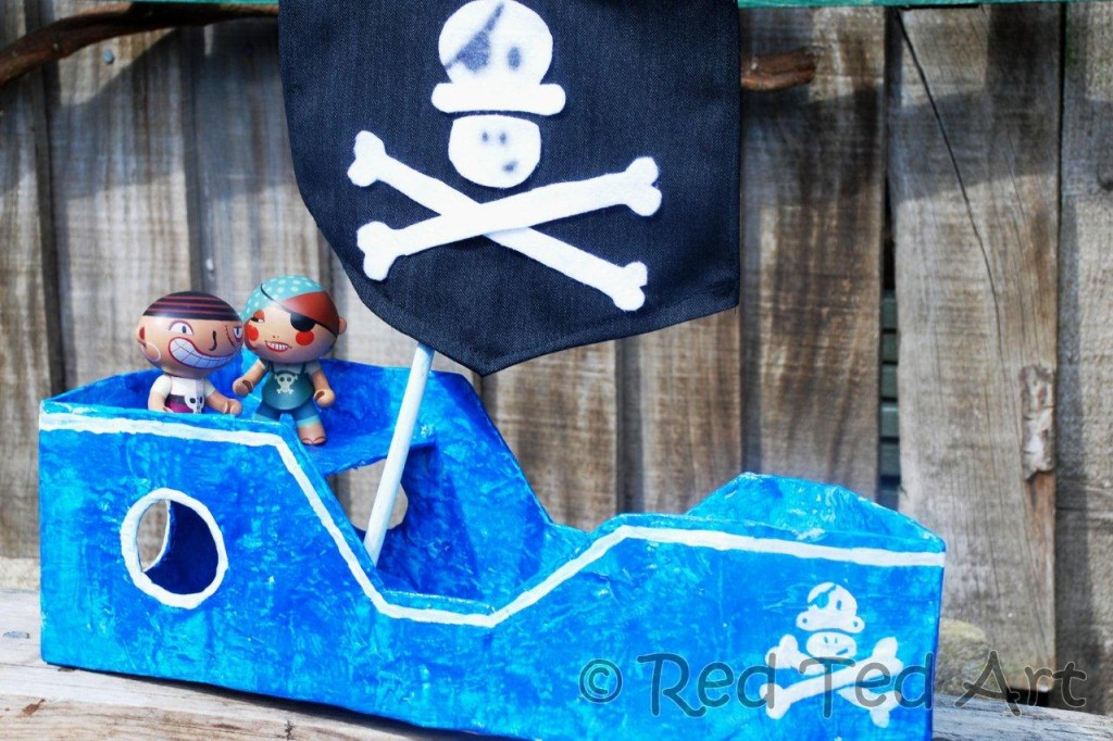Easy cardboard box pirate ship fun crafts kids for What to do with old mailbox