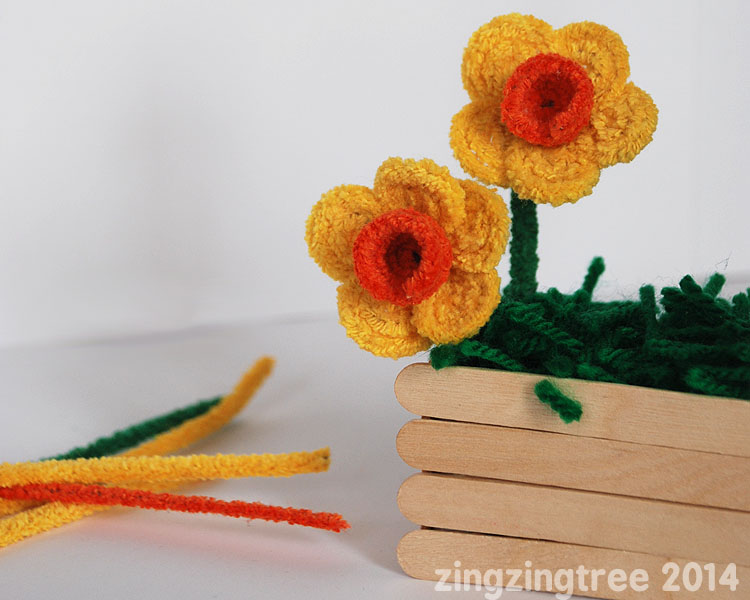 Spring Crafts: Pipecleaner Flowers