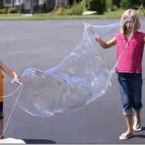 DIY Giant Bubble Recipe