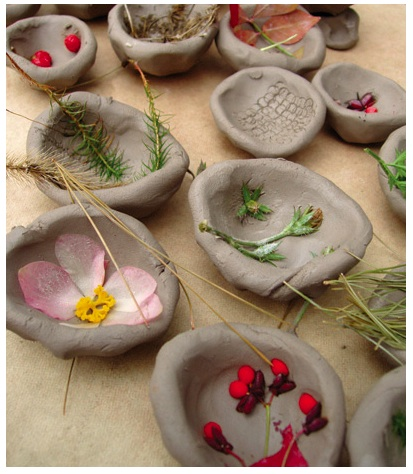 Nature Crafts: Textured Bowls