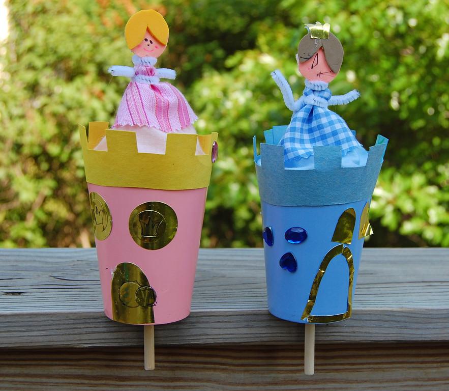 Princess castle pop up toy