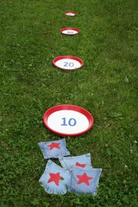bean_bag_toss_game_17-200x300