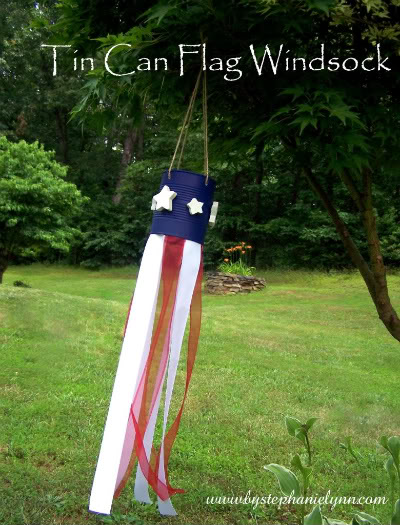 4th July Crafts – Tin Can Windsock