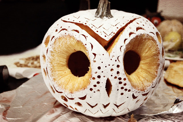 Owl pumpkin fun crafts kids White pumpkin carving ideas