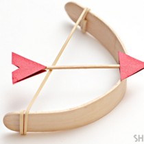 Popsicle stick crafts – bow and arrow