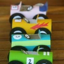 Toilet roll racing cars