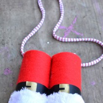 Santa Crafts Fun – Santa Binoculars