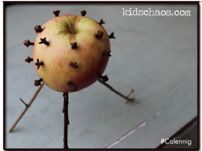 New Years Eve traditions – Calennig Apple