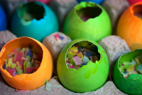 New Year's Eve Crafts & Activities – Confetti Eggs