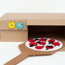 Cardboard Box Pizza Oven (Shoe Box Crafts)