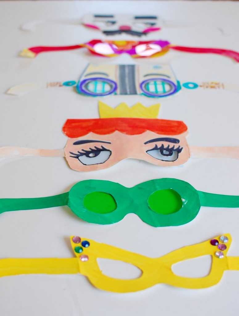 Paper Crazy Glasses dress up