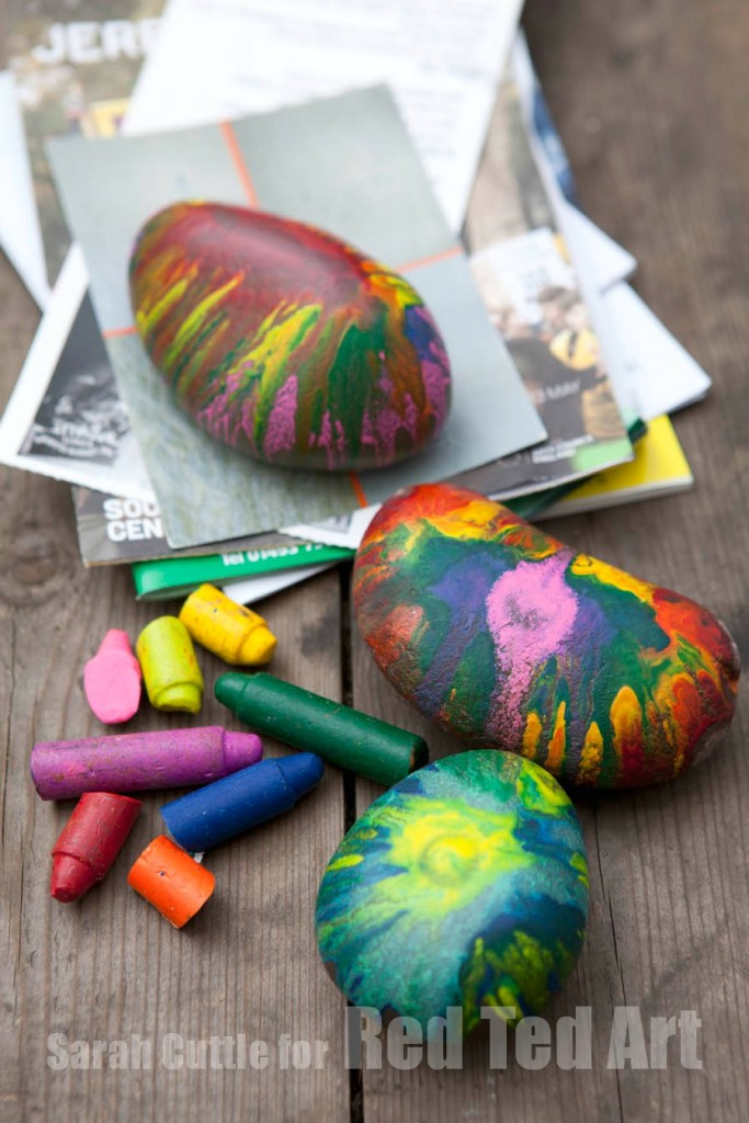 Crayon-Rocks-Gifts-for-Kids-To-Make