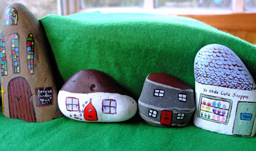 Stone-Craft - painted rock village