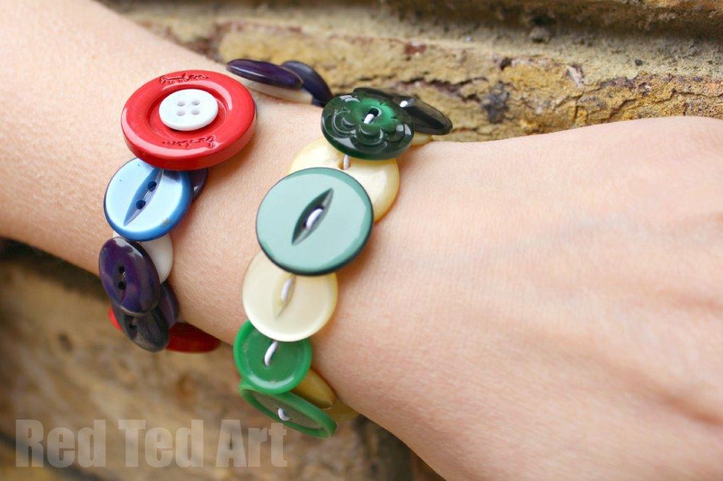 Gifts-Kids-Can-Make-Button-Bracelets
