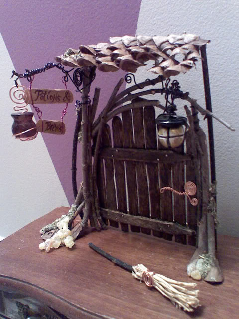 Craft Stick Fairy Door
