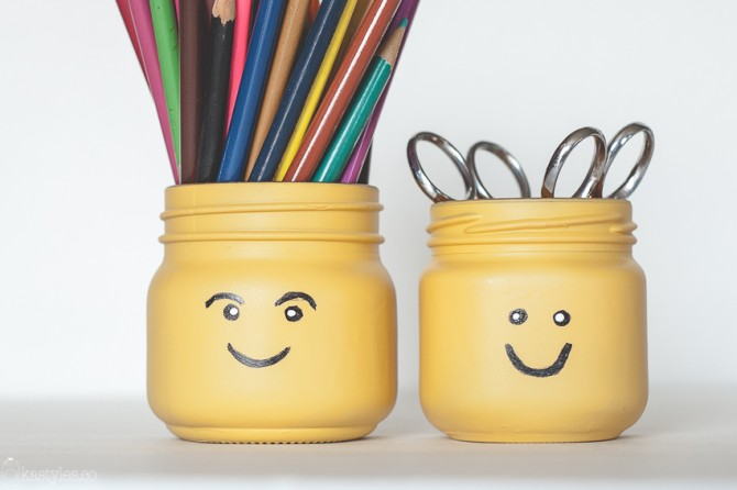 DIY LEGO Head Pencil Pots (Mason Jars)