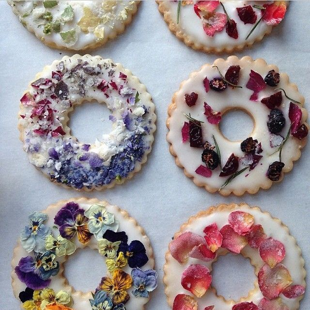 Edible Flower Cookies & Shortbread