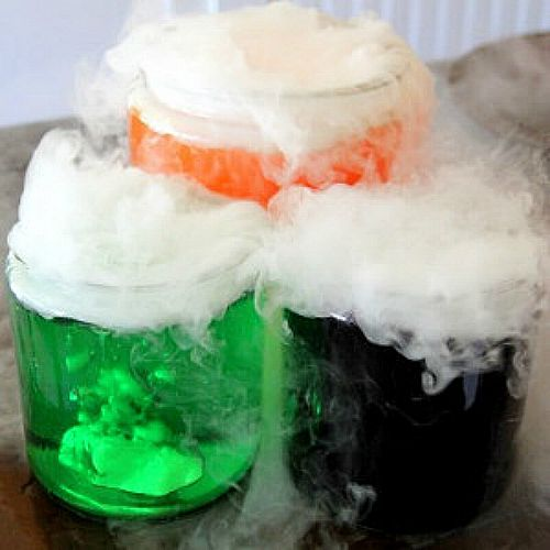 edible-magic-potion for Harry Potter parties or Halloween