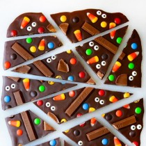 Delicious Halloween Bark How To