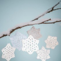Crochet Snowflake Pattern (& Winter Appeal)