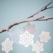 Crochet Snowflake Pattern (& Winter Appeal)