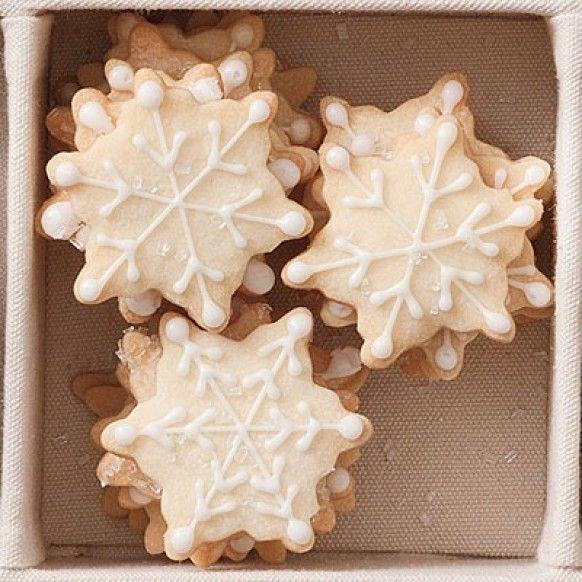 Snowflake shortbread