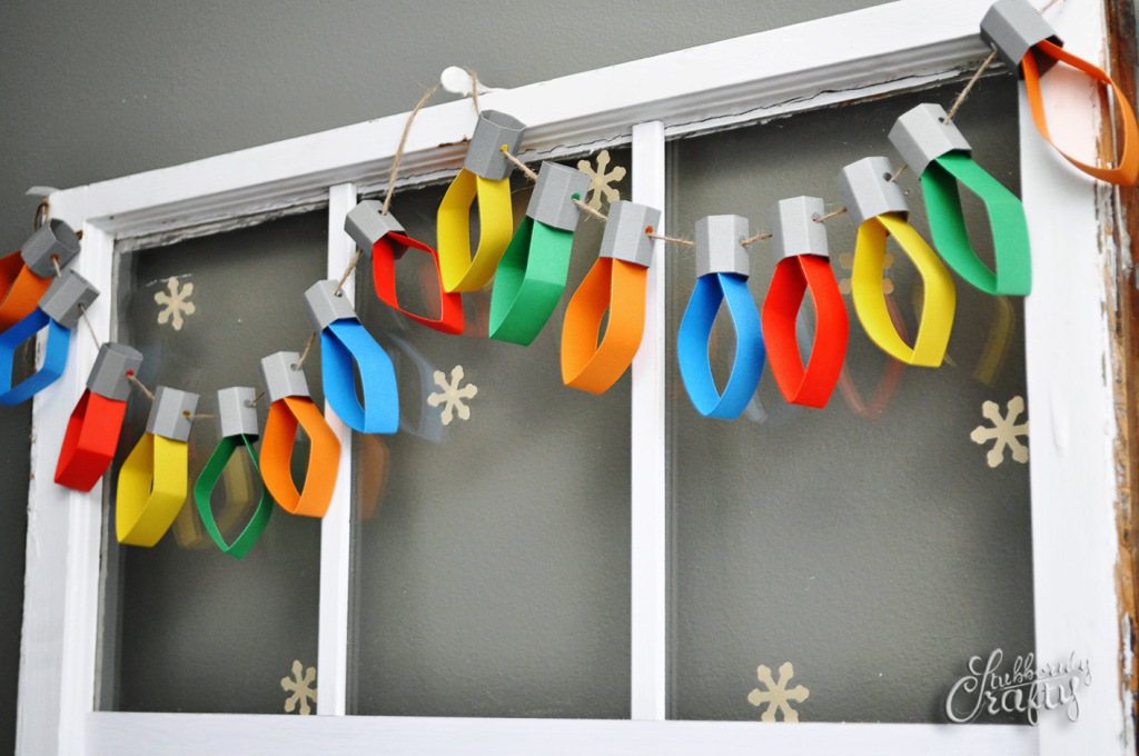 Paper christmas-light-garland - such a jolly decoration