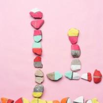 DIY Dominoes – Cute Pebble Craft!