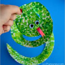 Whirligig Paper Plate Snake DIY