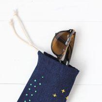 No sew embroidered sunglasses case