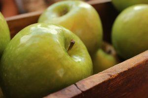 DIY apple core