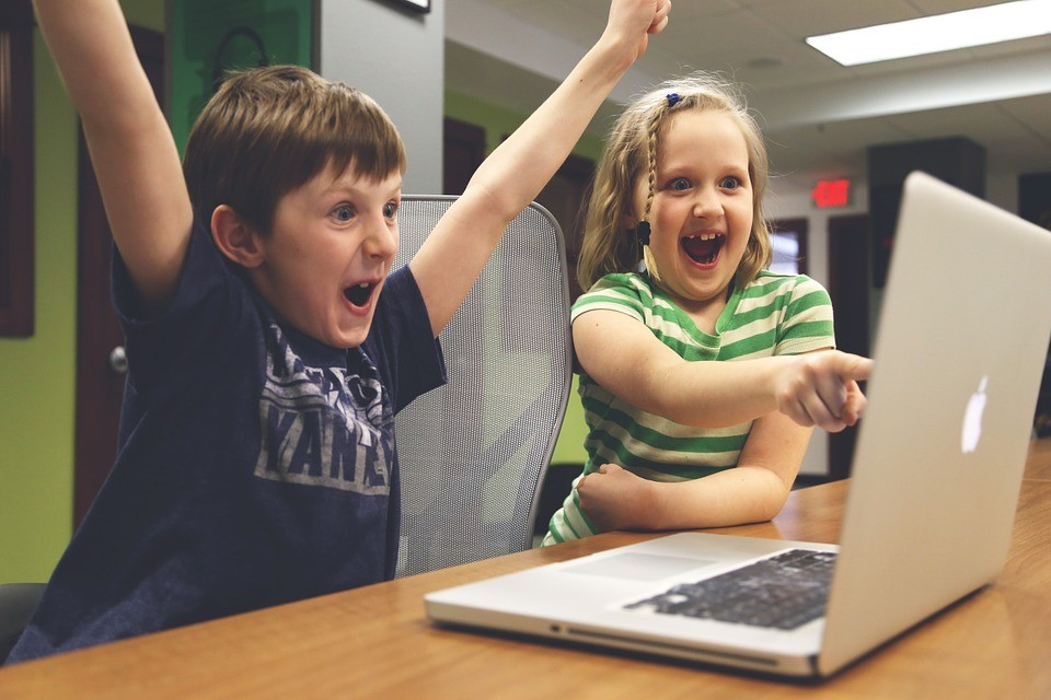 Kids Typing Software: Features You Should Look for